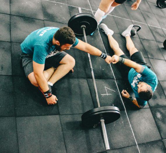 Jak wybrać trenera personalnego? Najważniejsze porady i wskazówki
