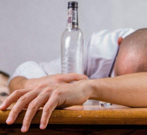 W jaki sposób alkoholizm wpływa na rodzinę?